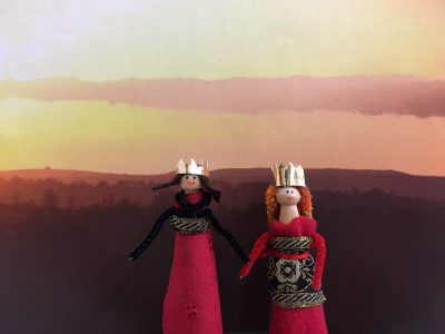 Two peg dolls